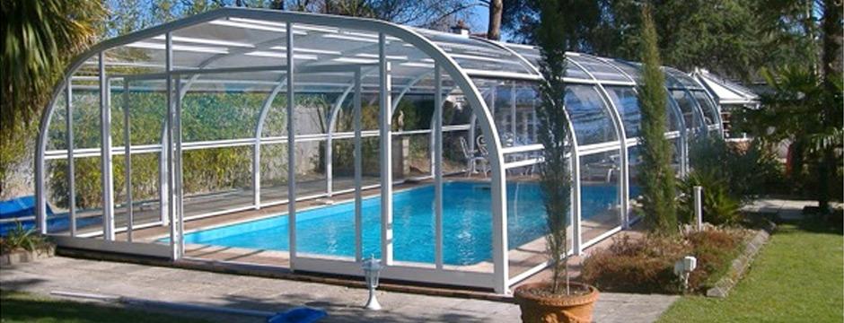 Abri de piscine fixe cintr et relevable piscine du nord for Abri piscine relevable