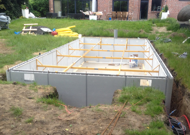 Les tapes de construction d 39 une piscine en b ton for Piscine coffrage perdu