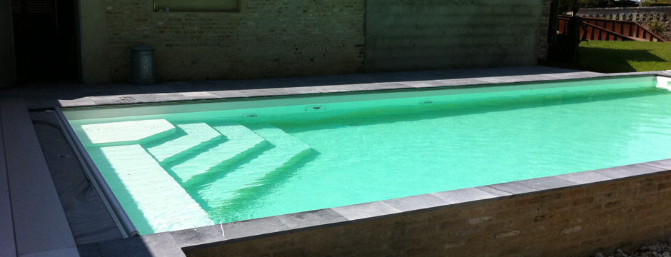 Cr ateur de piscine en b ton sur mesure for Piscine beton banche
