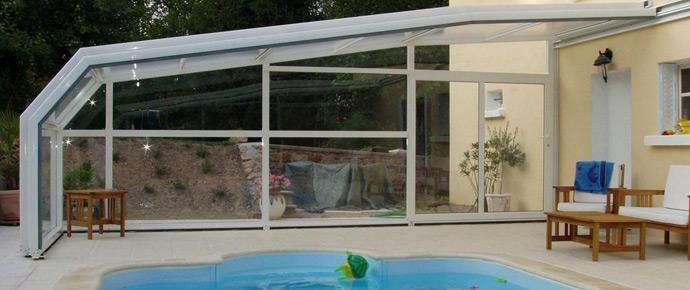 Abri sur mur l int gration avec l habitation est id ale la for Renoval abris de piscine