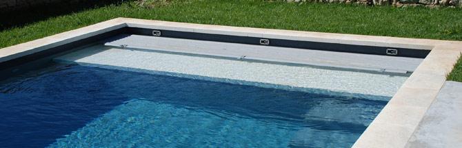 Volet immerg e piscine sous caillebotis for Volet polycarbonate piscine
