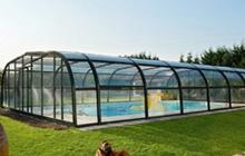Abris piscine saint amand les eaux 59230 piscine du nord for Abri piscine relevable